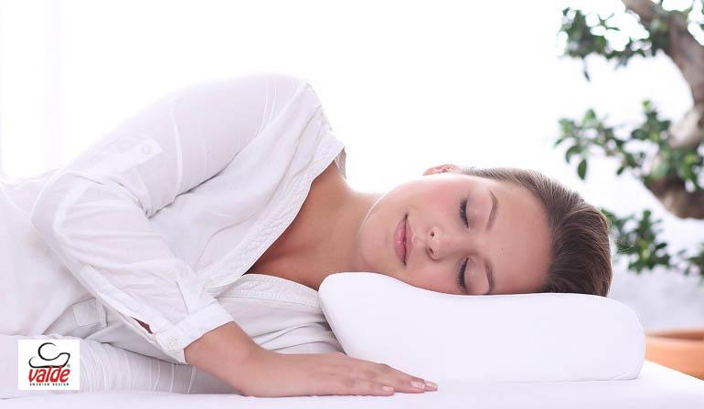 Poduszka do spania – jaką poduszkę wybrać?
